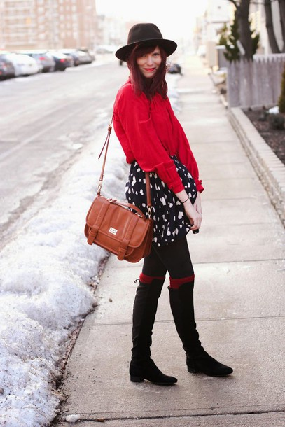 steffy's pros and cons blogger satchel bag blouse red black boots