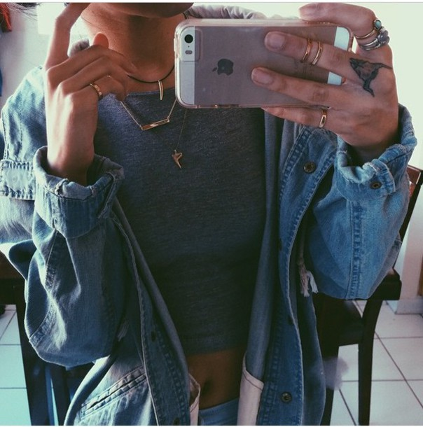 jacket coat jeans denim jacket denim jacket denim blue grey crop tops cropped jewels ring necklace high waisted jeans style outfit outfit idea fashion tumblr outfit tumblr instagram vintage