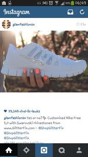 shoes,nike,white,diamonds