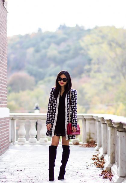 fastfood&fastfashion blogger jacket dress shoes skirt blouse belt bag top make-up fall outfits boots red bag tweed jacket