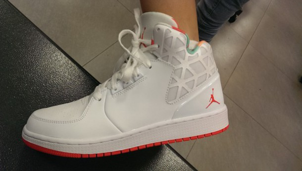 red jordan shoes for girls