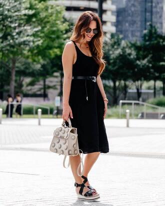 dress tumblr black midi dress midi dress black dress sandals wedges wedge sandals bag nude bag sleeveless sleeveless dress belt round sunglasses shoes