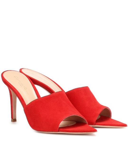 Gianvito Rossi Pointy 85 velvet mules in red