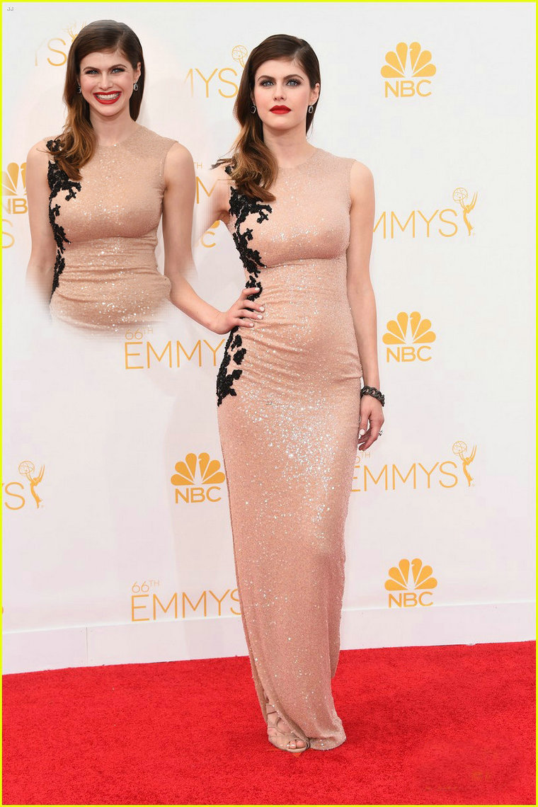 Aliexpress.com : Buy Sparkly Champagne Sequins Michelle Monaghan Emmy Dress 2014 Sleeveless Scoop Appliqued Celebrity Dresses from Reliable dress monkey suppliers on 27 Dress