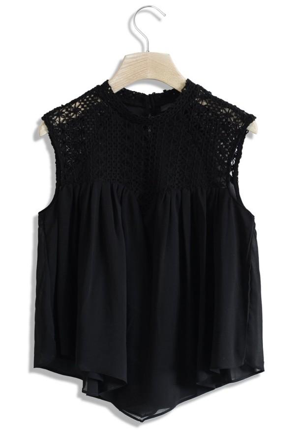 top chicwish sweet heart black top crochet detail