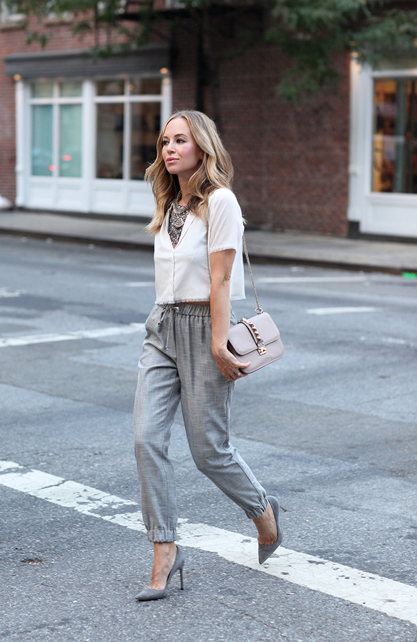 Brooklyn Blonde Blogger White Crop Tops Classy