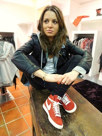 nike blazer red women