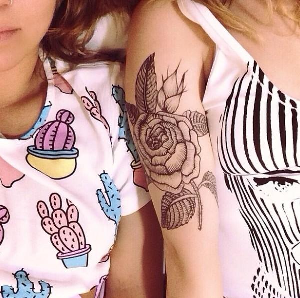 t-shirt white cactus crop tops pink