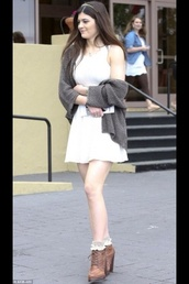sweater,kylie jenner,shoes,dress