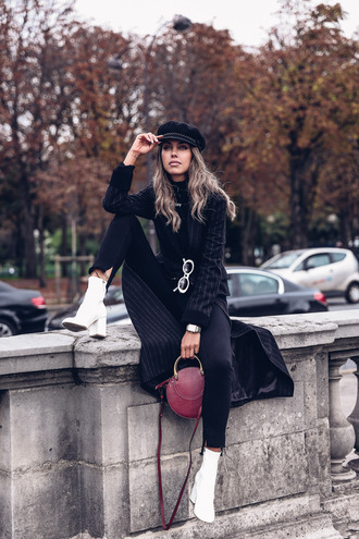 viva luxury blogger coat shoes sunglasses bag hat fall outfits round bag boots white boots black coat