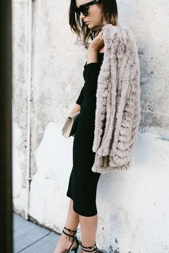 for all things lovely blogger dress coat bag shoes jewels sunglasses grey coat black dress clutch