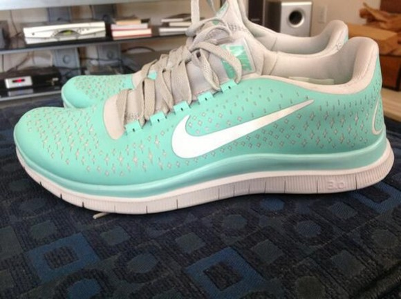 tiffany tiffany&co tiffany blue nikes tiffany blue running shoes nike running shoes sportswear sports shoes nike sneakers nike nike flyknit nike free run 3.0 v4 blue and white
