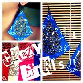jewels,earrings,crazy pattern