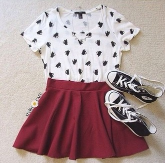 t-shirt white t-shirt cats skirt shoes chuck taylor all stars