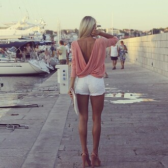 shirt clothes sexy shoes shorts t-shirt top long sleeve open back open back shirt open back long sleeves blouse