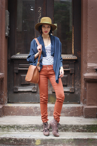 red pants that's chic