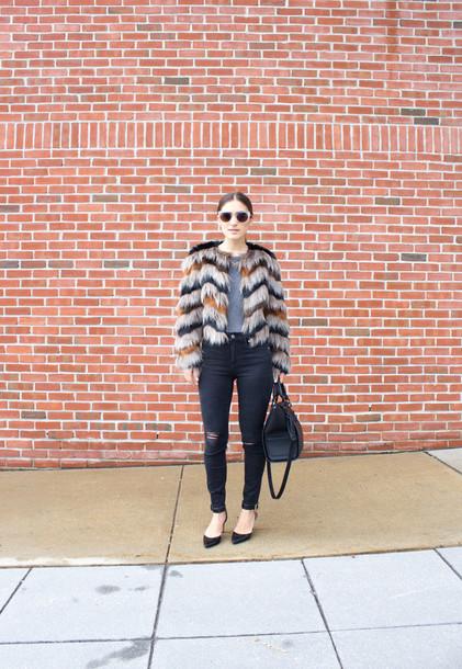 lana jayne blogger shirt faux fur jacket black ripped jeans jeans sunglasses bag shoes jewels