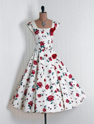 dress floral dress pretty dress! 40's vintage dress white dress rose helpmefindthis i need these so bad love love it find it please patterned dress 50s style