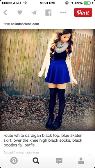 black top blue skater skirt black booties grey scarf