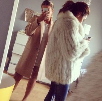 jacket white brown black brunette mirror jeans fur selfie pink luxury glamour luxurious