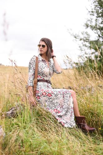 thank fifi blogger dress shoes belt bag jewels floral dress