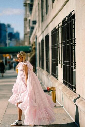the fashion guitar blogger dress bag shoes sunglasses jewels