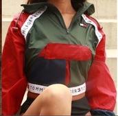 jacket,tommy hilfiger jacket,tommy hilfiger windbreaker,tommy hilfiger,tommy hilfiger crop top,green,red,cropped jacket,windbreaker