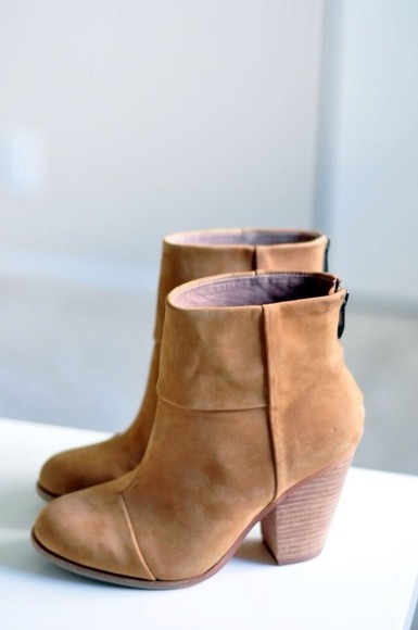 shoes lookbook fashion light brown booties boots need it please