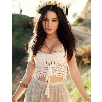 top crop tops white crop tops shirt summer beach girly cute pretty style skirt grey accessories jewels necklace boho necklace boho tumblr tumblr style tumblr clothes watch tumblr girl beautiful vintage hipster vanessa hudgens knitwear cute top sun sunflower bracelets make-up