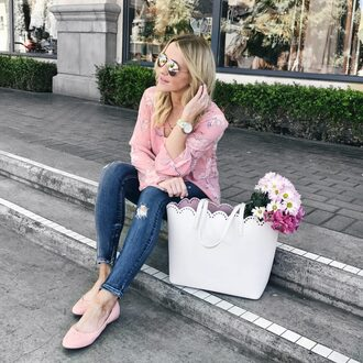gbo fashion blogger top jeans bag tote bag ballet flats pink top spring outfits