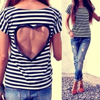 t-shirt black & white stripes love pattern knitwear t-shirt heart casual streetstyle stripes top black white love back instagram fashion tumblr pinterest outfit style sweet beach