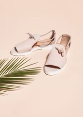 shoes,pastel pink,pink shoes,flats,sandals,summer shoes,leather sandals,cut out shoes,spring accessory,minimalist