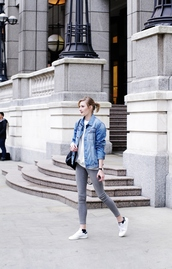 katiquette,blogger,jacket,sweater,shoes,jewels,denim jacket,grey jeans,white sneakers,white top