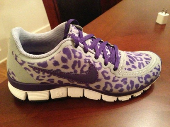 grey nike shoes purple running free run 5.0 v4
