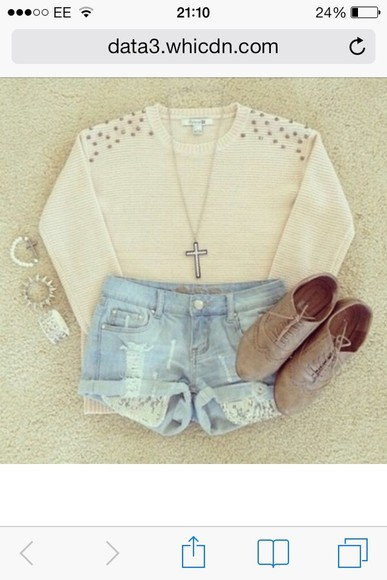 sweater shorts denim shoes