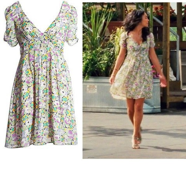 dress floral flowers summer vanessa hudgens gabriella montez high school musical high school musical 3 aeo ae american eagle american eagle outfitters pretty girly floral dress spring spring outfits spring dress pastel