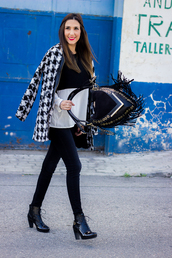 shoes and basics,blogger,bag,jewels,houndstooth,fringed bag,sweater