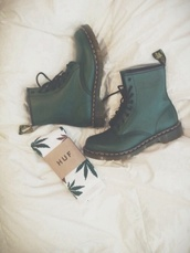 shoes,boots,so beautiful,underwear,forest green,huf,jewels,dr marten boots,green,socks,laced up boots,camouflage,timberlands,deepgreen,deep,grean,women,punk,combat boots,green boots,huff socks,DrMartens,olive green,green and white socks,grunge,dark,hipster,grunge shoes,dark green,doc marteens