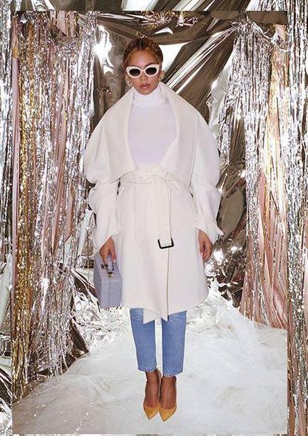 coat jeans pumps beyonce sunglasses