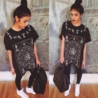 t-shirt india westbrooks bag shoes pants shirt black and white dope top trill swag black shirt oversized black urban dope shirt chinese symbols