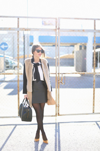 seams for a desire blogger sunglasses grey skirt faux fur vest white shirt black bag