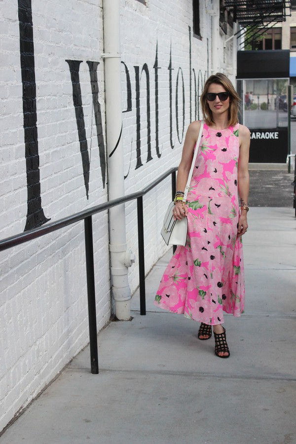 jess style rules shoes bag jewels dress caged sandals black sandals sandal heels high heel sandals maxi dress floral dress black sunglasses white bag shoulder bag summer dress summer outfits pink dress