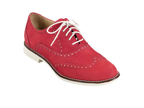 Cole Haan launched a few versions of colour contrast oxfords. Not all the shoes shown in the above photos are the same Lunargrand Wingtips