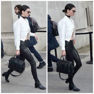 leggings kendall jenner crop tops jacket choker necklace purse fashion week 2016 streetstyle jewels black choker jewelry kendall jenner jewelry celebrity style keeping up with the kardashians model model off-duty necklace absolutemarket jewel cult