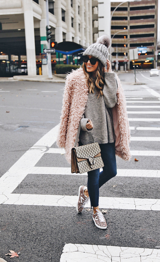 sweater tumblr grey sweater knit knitwear knitted sweater coat pink coat fuzzy coat beanie pom pom beanie grey beanie denim jeans blue jeans sneakers