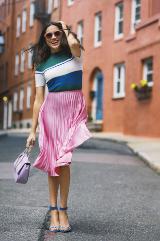 skirt pleated pleated skirt sandals top meghan markle editorial spring outfits pink midi skirt