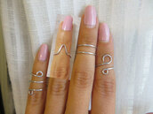 jewels,knuckle ring,silver midi rings,fashion jewelry,above the knuckle ring