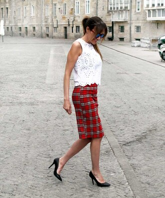 rebel attitude blogger tartan skirt red skirt white crop tops black shoes office outfits