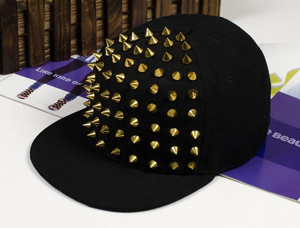 hat spikes gold black snapback