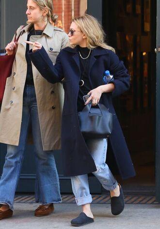 bag top jeans boyfriend jeans coat sunglasses ashley olsen